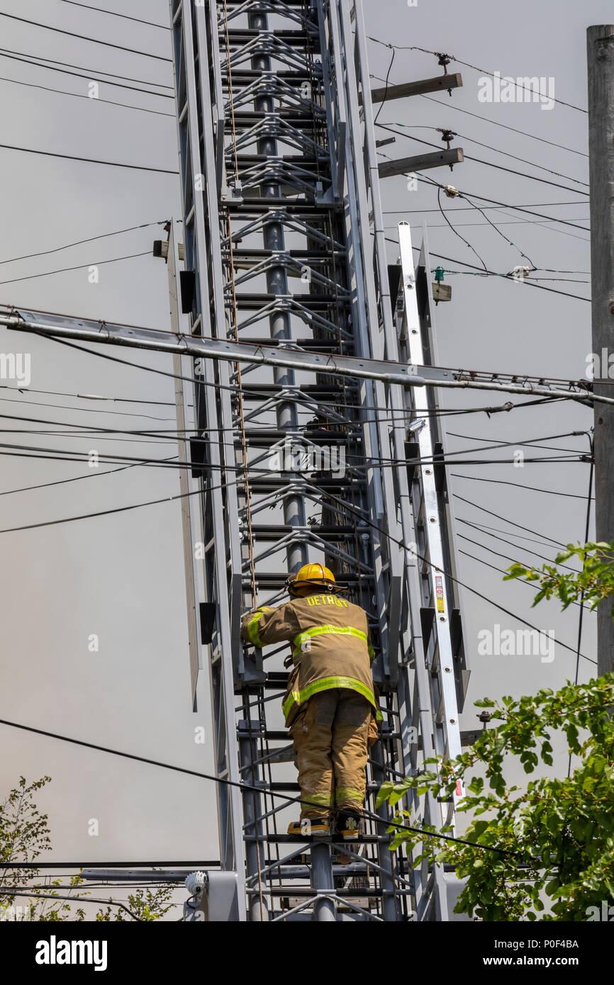 Dangerous Electrical Wiring Stock Photos & Dangerous Electrical ...