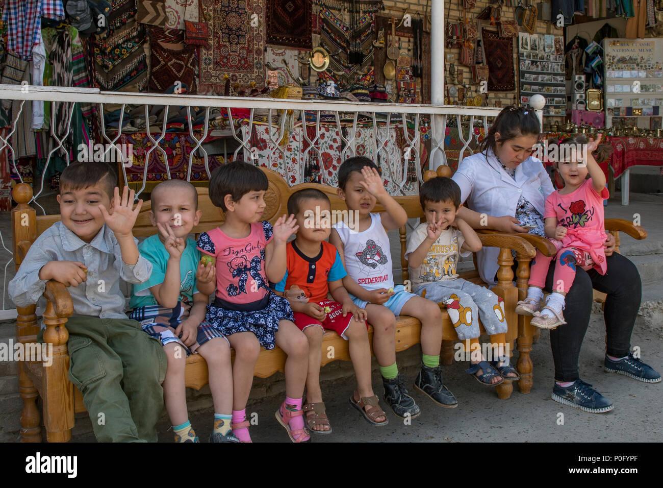 Schoolchildren at Chor Minor, Bukhara, Uzbekistan - Stock Image