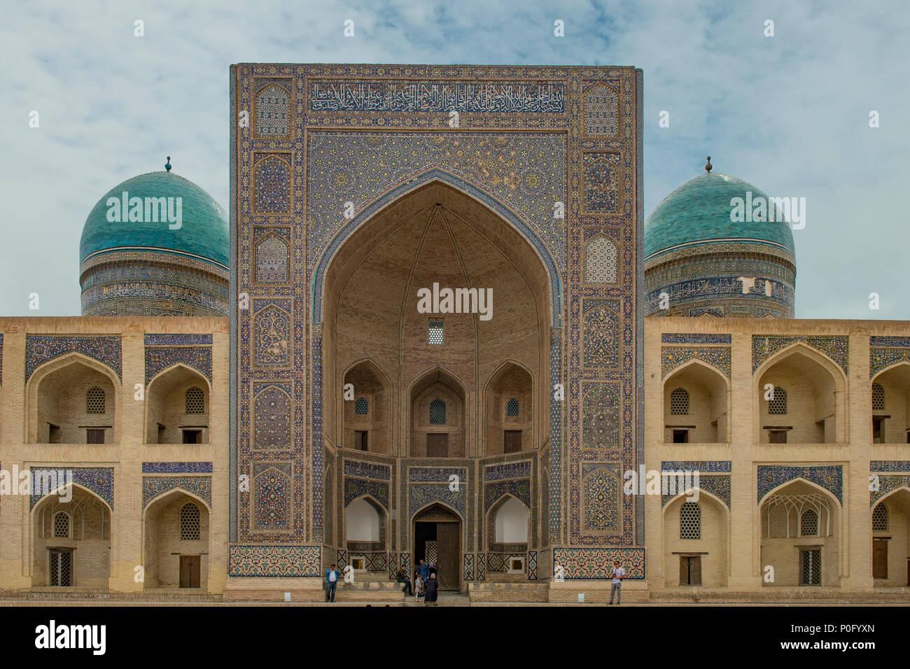 Mir-i Arab Madrassah, Poi Kalyan Complex, Bukhara, Uzbekistan - Stock Image