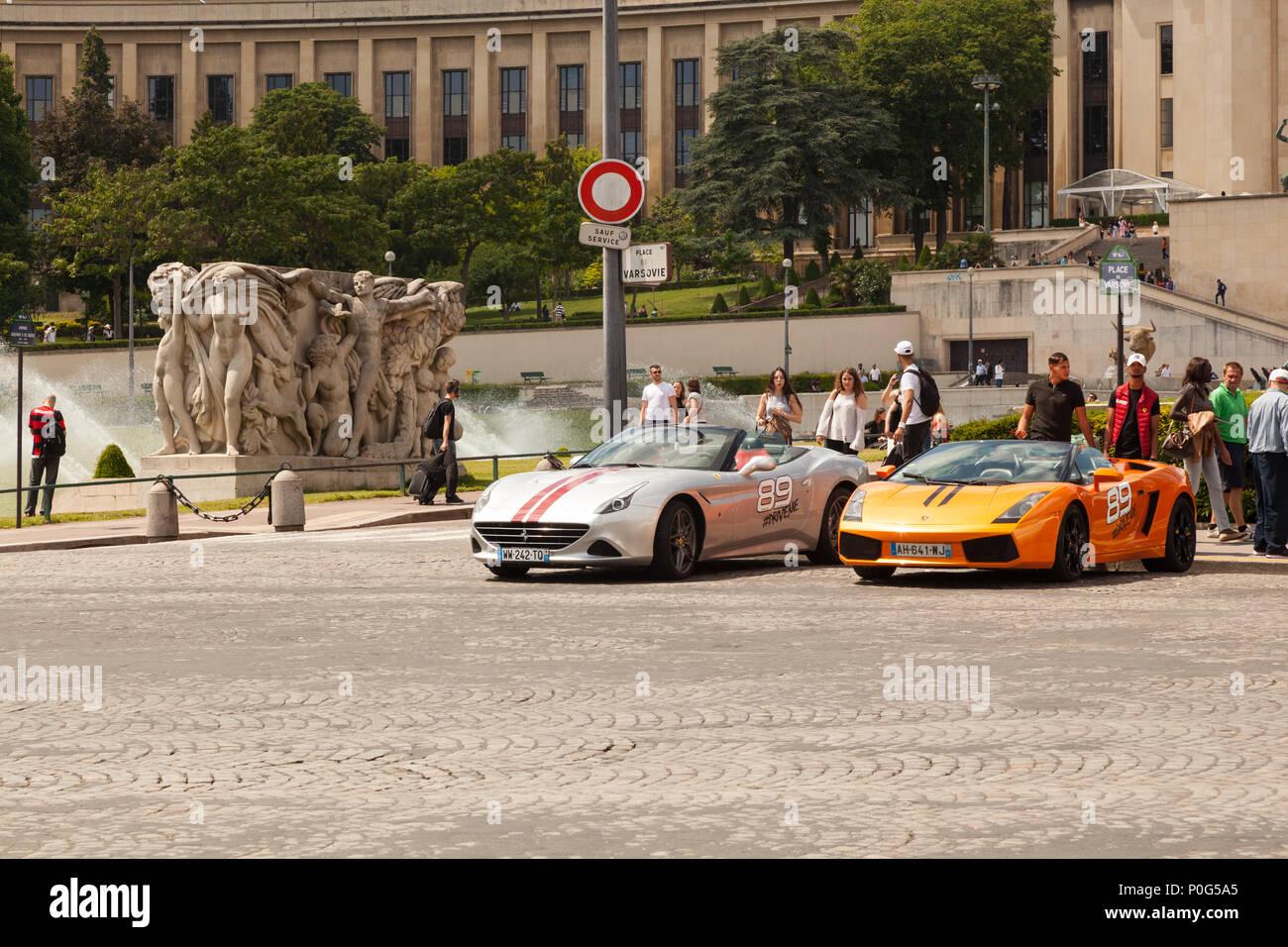 Spots cars parked near the Trocadéro, Paris, France. - Stock Image