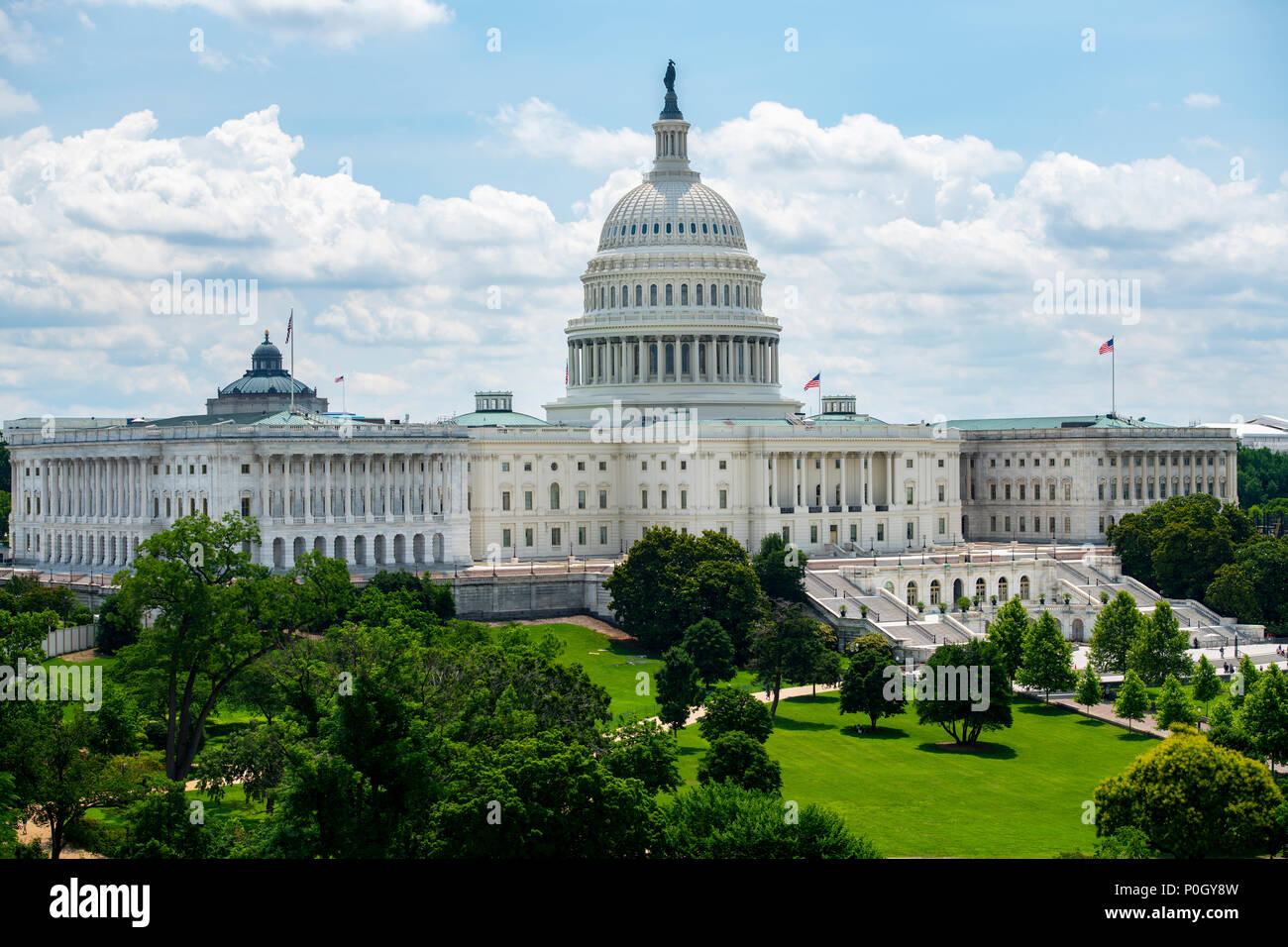 USA Wasington DC D.C. The U S Capitol Building on the hill on a sunny summer day. - Stock Image
