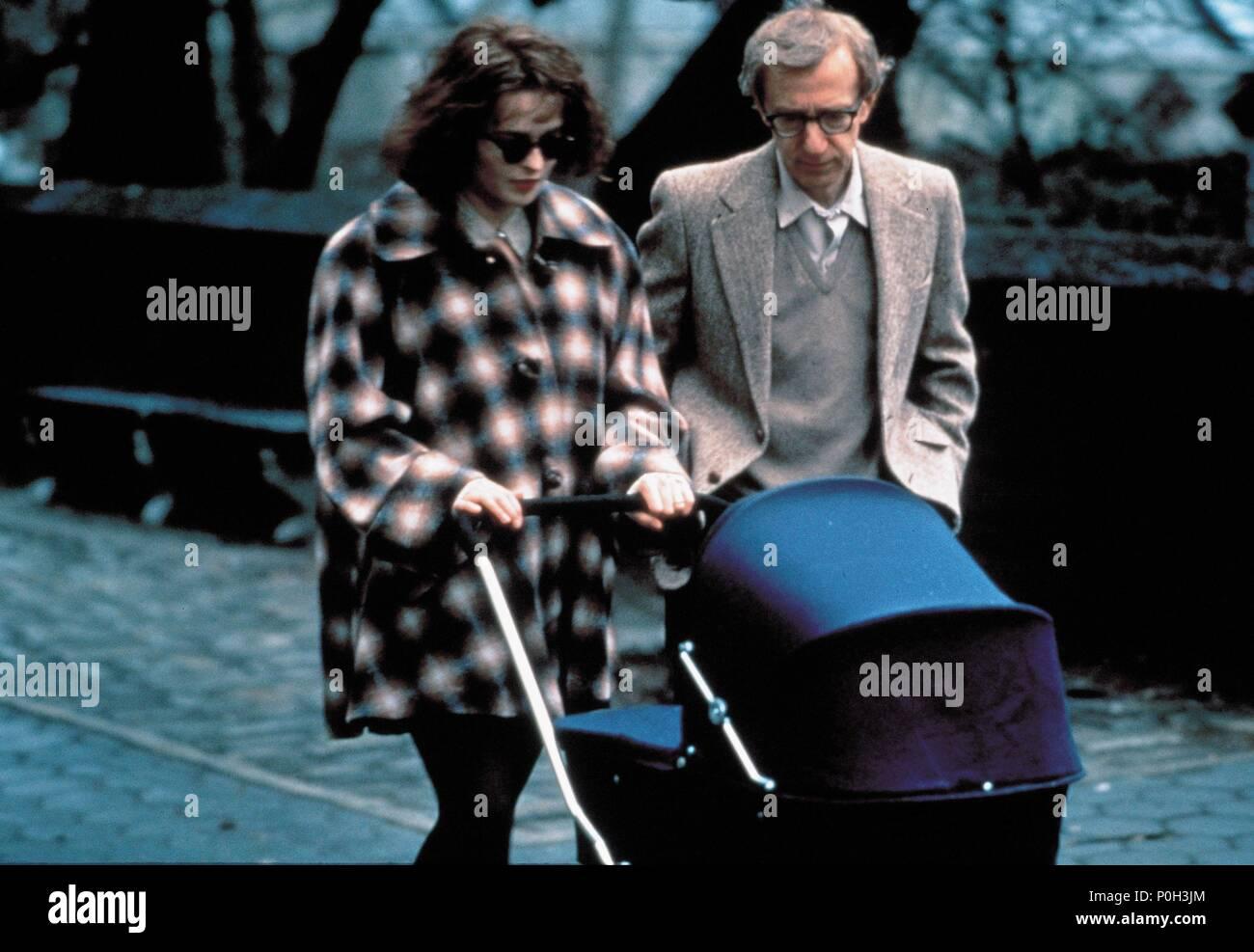 Original Film Title: MIGHTY APHRODITE.  English Title: MIGHTY APHRODITE.  Film Director: WOODY ALLEN.  Year: 1995.  Stars: HELENA BONHAM CARTER; WOODY ALLEN. Credit: MIRAMAX / Album - Stock Image