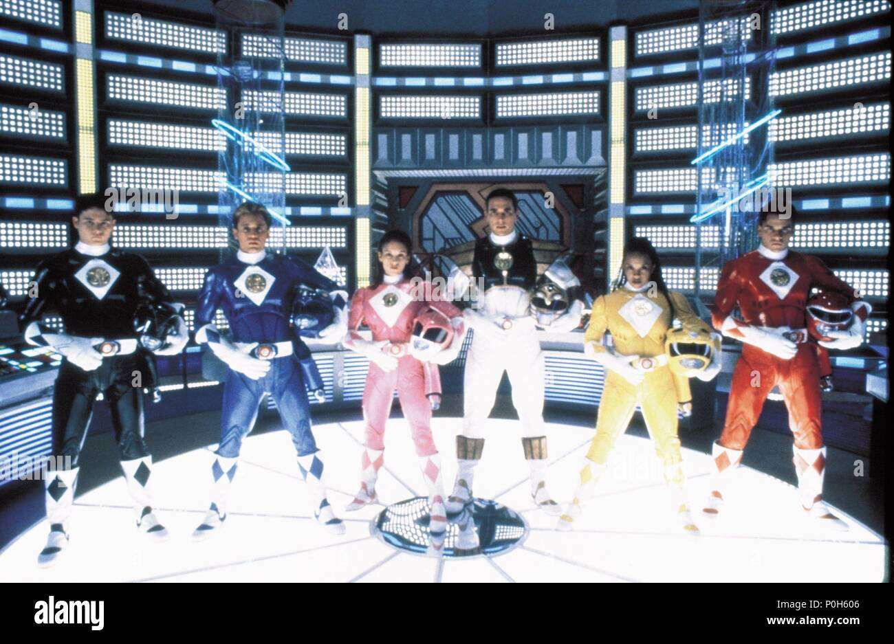 Original Film Title: MIGHTY MORPHIN POWER RANGERS: THE MOVIE.  English Title: MIGHTY MORPHIN POWER RANGERS: THE MOVIE.  Film Director: BRYAN SPICER; STEVE WANG.  Year: 1995. Credit: 20TH CENTURY FOX / TOWNLEY, JIM / Album Stock Photo