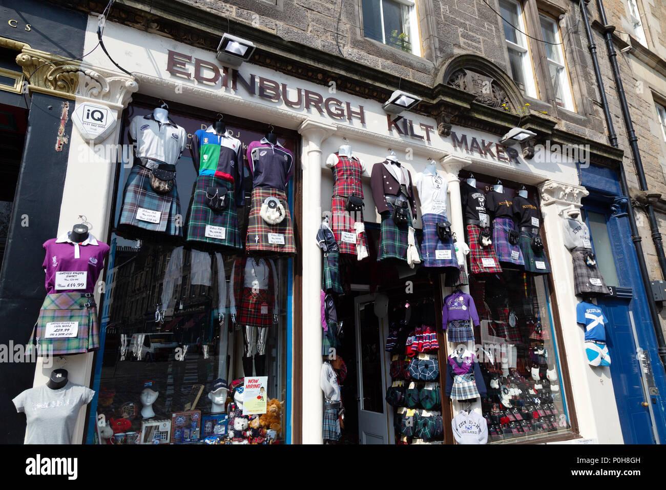 Kilt makers shop selling Scottish kilts, Grassmarket, Edinburgh Old Town,  Scotland UK Europe - Stock Image