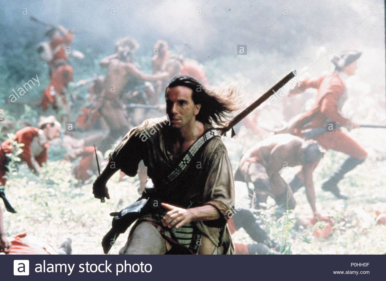 Original Film Title: THE LAST OF THE MOHICANS.  English Title: THE LAST OF THE MOHICANS.  Film Director: MICHAEL MANN.  Year: 1992.  Stars: DANIEL DAY-LEWIS. Copyright: Editorial inside use only. This is a publicly distributed handout. Access rights only, no license of copyright provided. Mandatory authorization to Visual Icon (www.visual-icon.com) is required for the reproduction of this image. Credit: 20TH CENTURY FOX/MORGAN CREEK / Album - Stock Image
