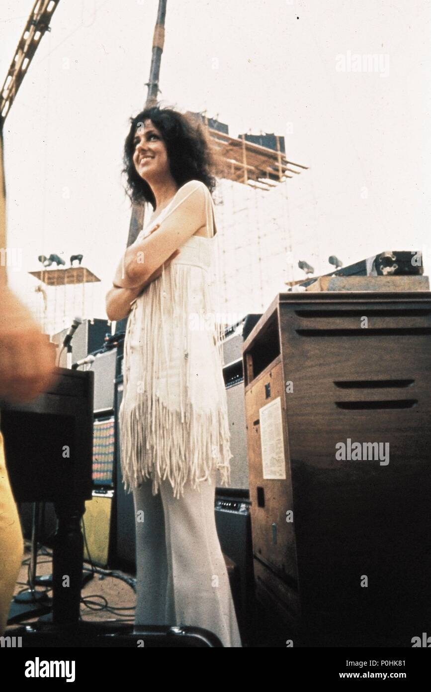 Original Film Title: WOODSTOCK.  English Title: WOODSTOCK.  Film Director: MICHAEL WADLEIGH.  Year: 1970.  Stars: GRACE SLICK. Credit: WARNER BROTHERS / Album Stock Photo