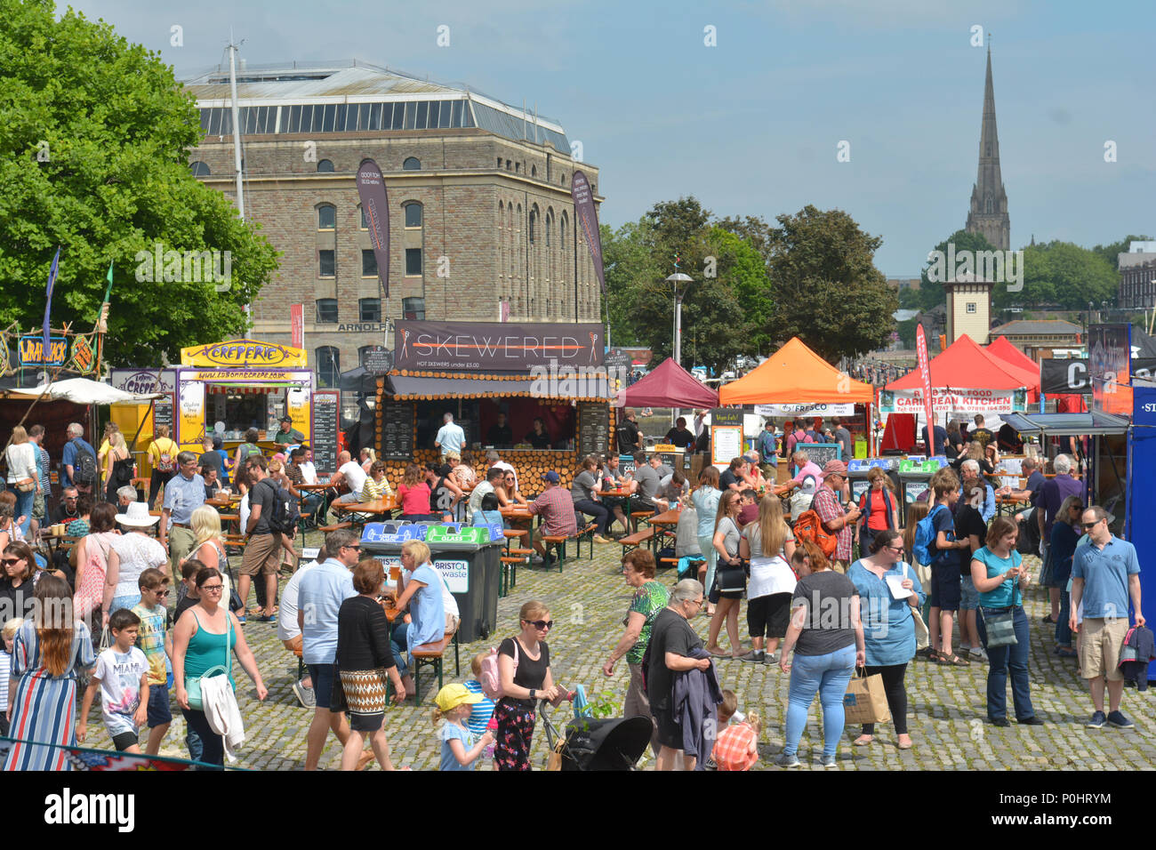 Bristol, UK, 9 June 2018. UK Weather, On a hot and humid day in Bristol people are seen enjoying themselves at the Festival of Nature. Robert Timoney/Alamy/Live/News - Stock Image