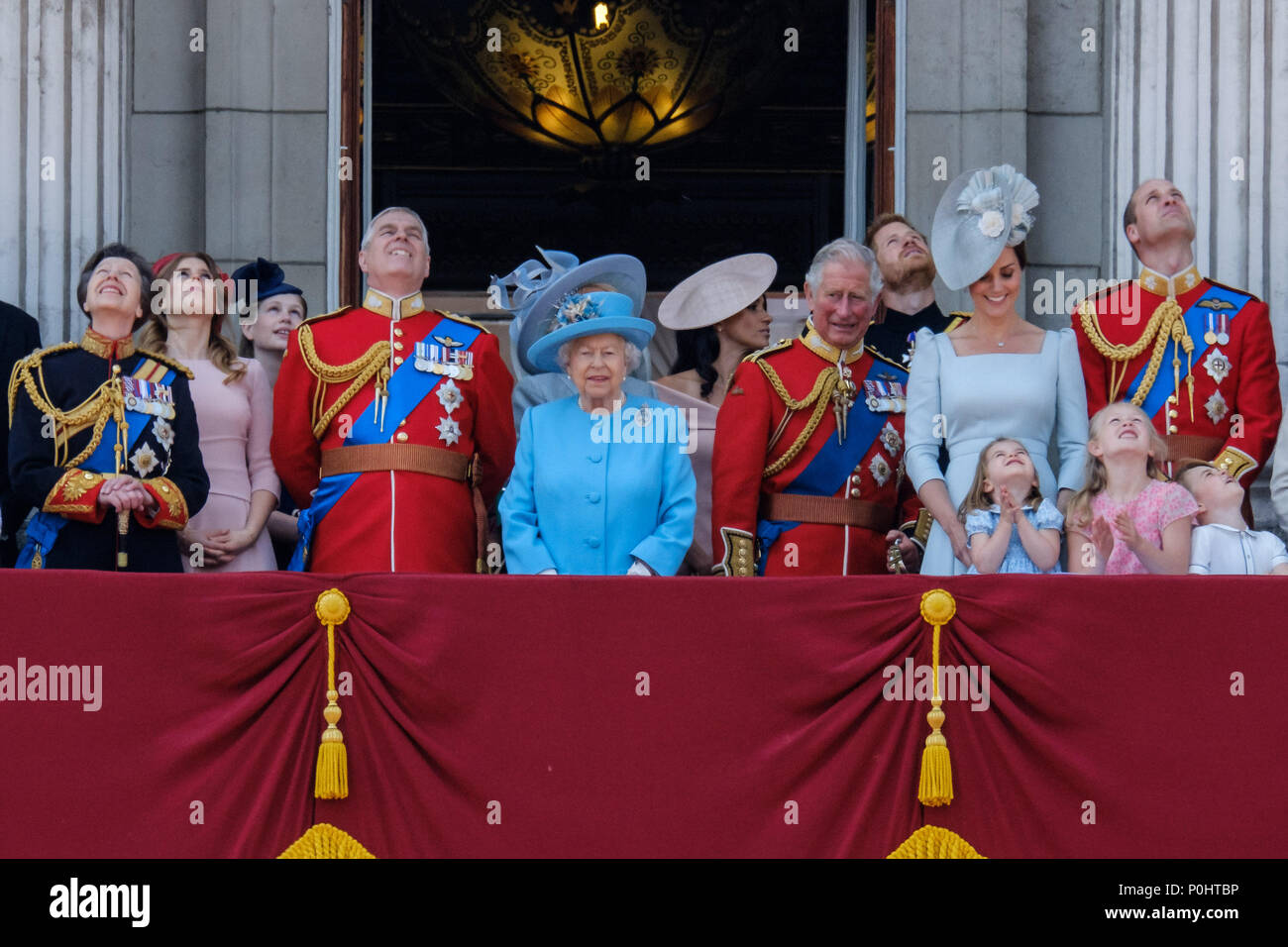 London, UK, 9 June 2018. The Royal Family gather on the palace balcony  at Trooping the Colour and Queens Birthday Parade on Saturday 9 June 2018 in Buckingham Palace , London. Pictured: Anne, The Princess Royal, Prince Andrew, The Duke of York, HRH Queen Elizabeth II, Prince Charles, Prince of Wales, Meghan Markle, Duchess of Sussex, Prince Harry, The Duke of Sussex, Kate, Duchess of Cambridge, Prince William, Duke of Cambridge, Princess Charlotte of Cambridge , Prince George of Cambridge. Picture by Julie Edwards. Credit: Julie Edwards/Alamy Live News Stock Photo