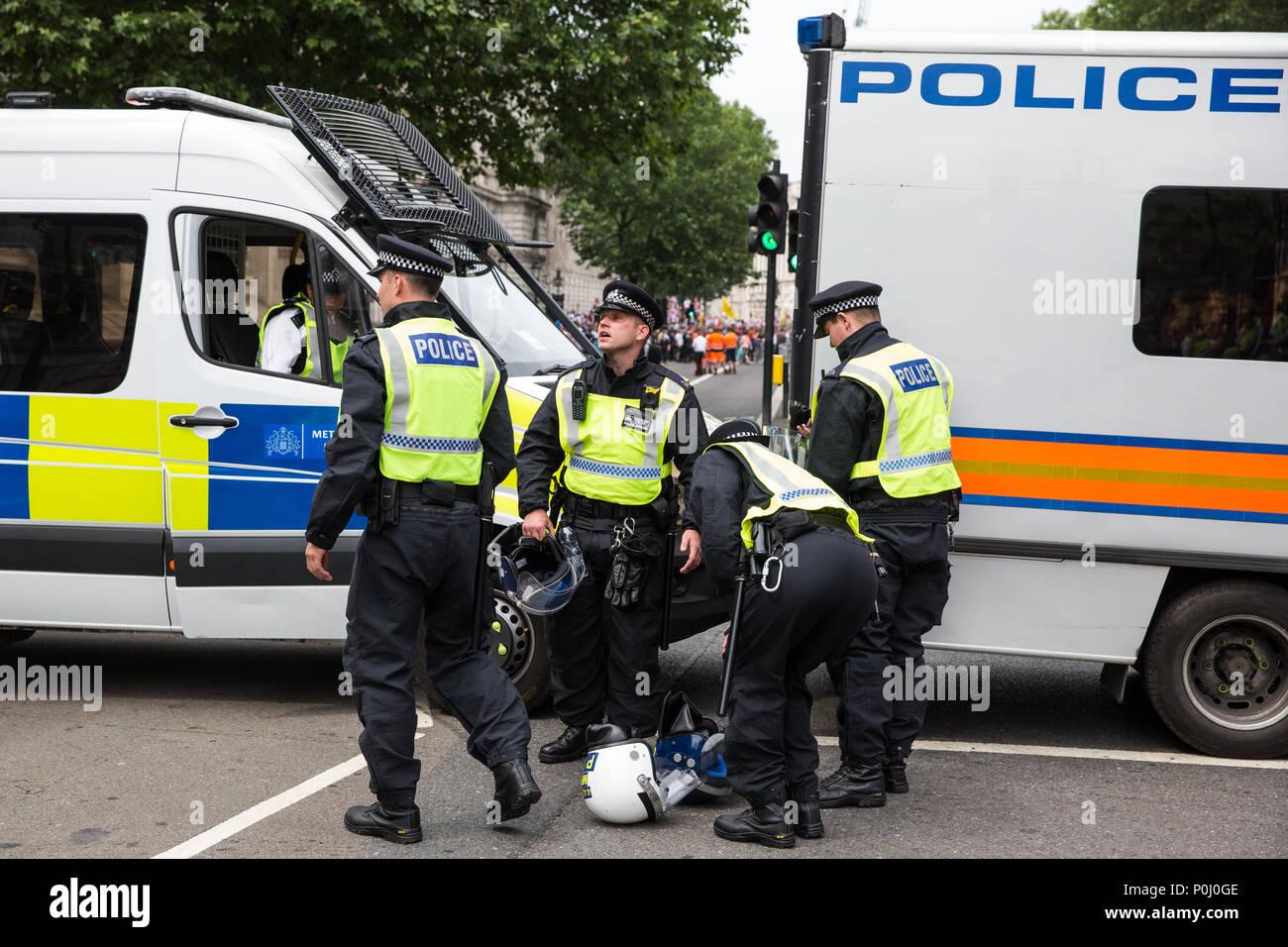 London, UK  9th June, 2018  Metropolitan Police officers