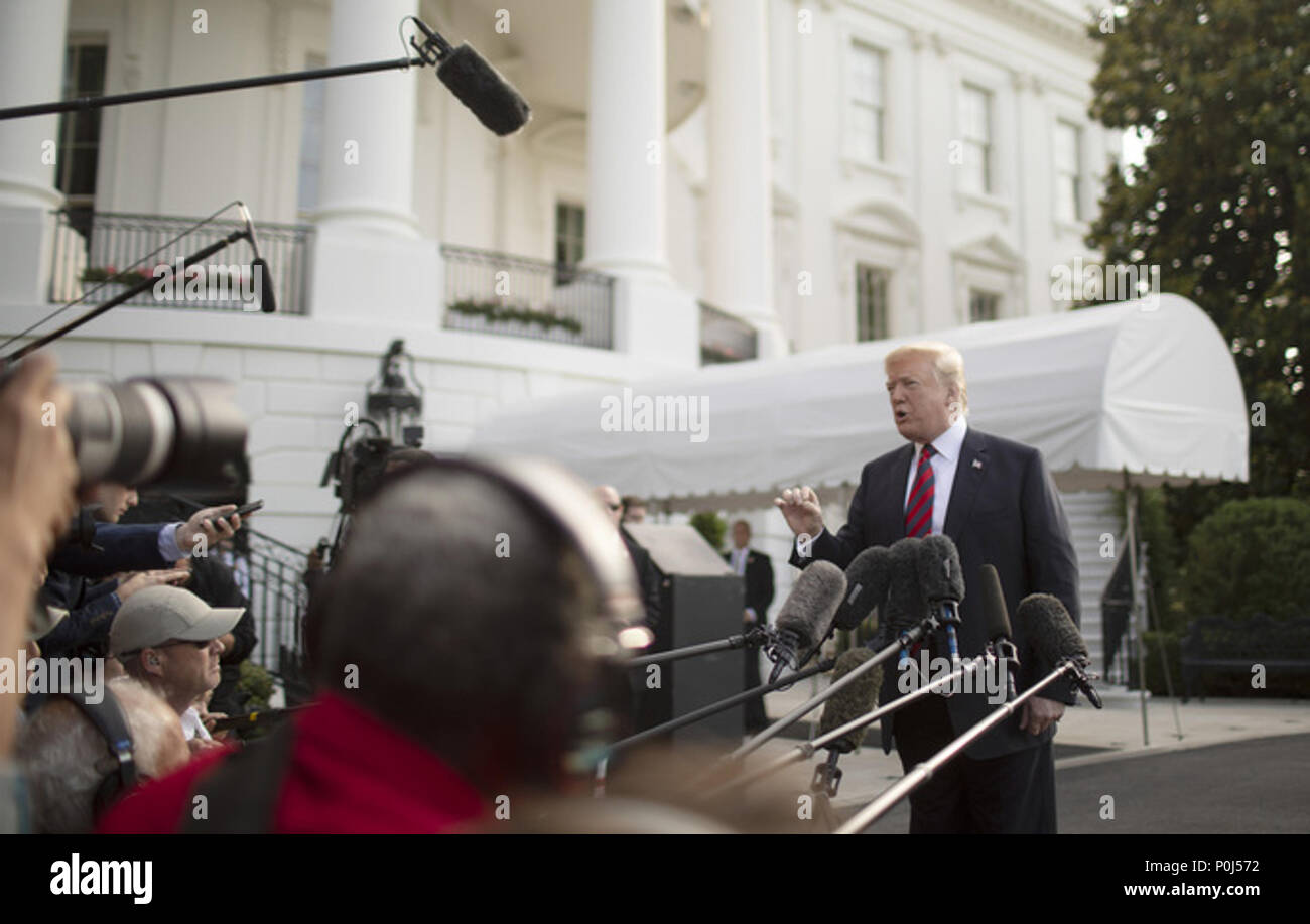 LA MALBAIE , QC - JUNE 08 & 09: President Donald J. Trump speaks to the media on Friday, June 8, 2018, prior to his South Lawn departure for Joint Base Andrews en route to Quebec for the G7 Summit.  People:  President Donald Trump Credit: Storms Media Group/Alamy Live News - Stock Image