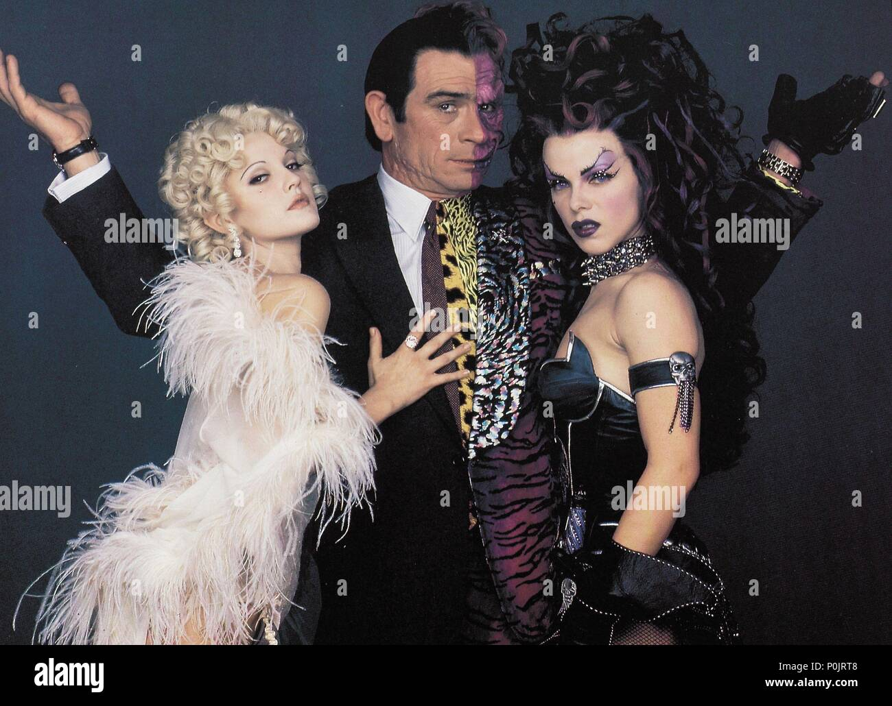 Original Film Title: BATMAN FOREVER.  English Title: BATMAN FOREVER.  Film Director: JOEL SCHUMACHER.  Year: 1995.  Stars: DREW BARRYMORE; TOMMY LEE JONES; DEBI MAZAR. Credit: WARNER BROS/DC COMICS / Album - Stock Image