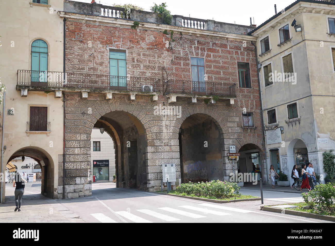 Vicenza Street Scene Stock Photos & Vicenza Street Scene Stock ...