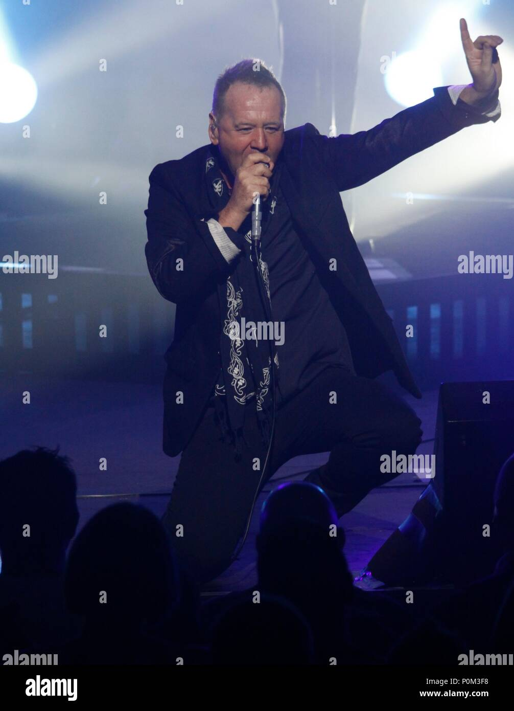 Liverpool, Uk, simple minds perform at Liverpool Empire theatre credit Ian Fairbrother/Alamy Stock Photos - Stock Image