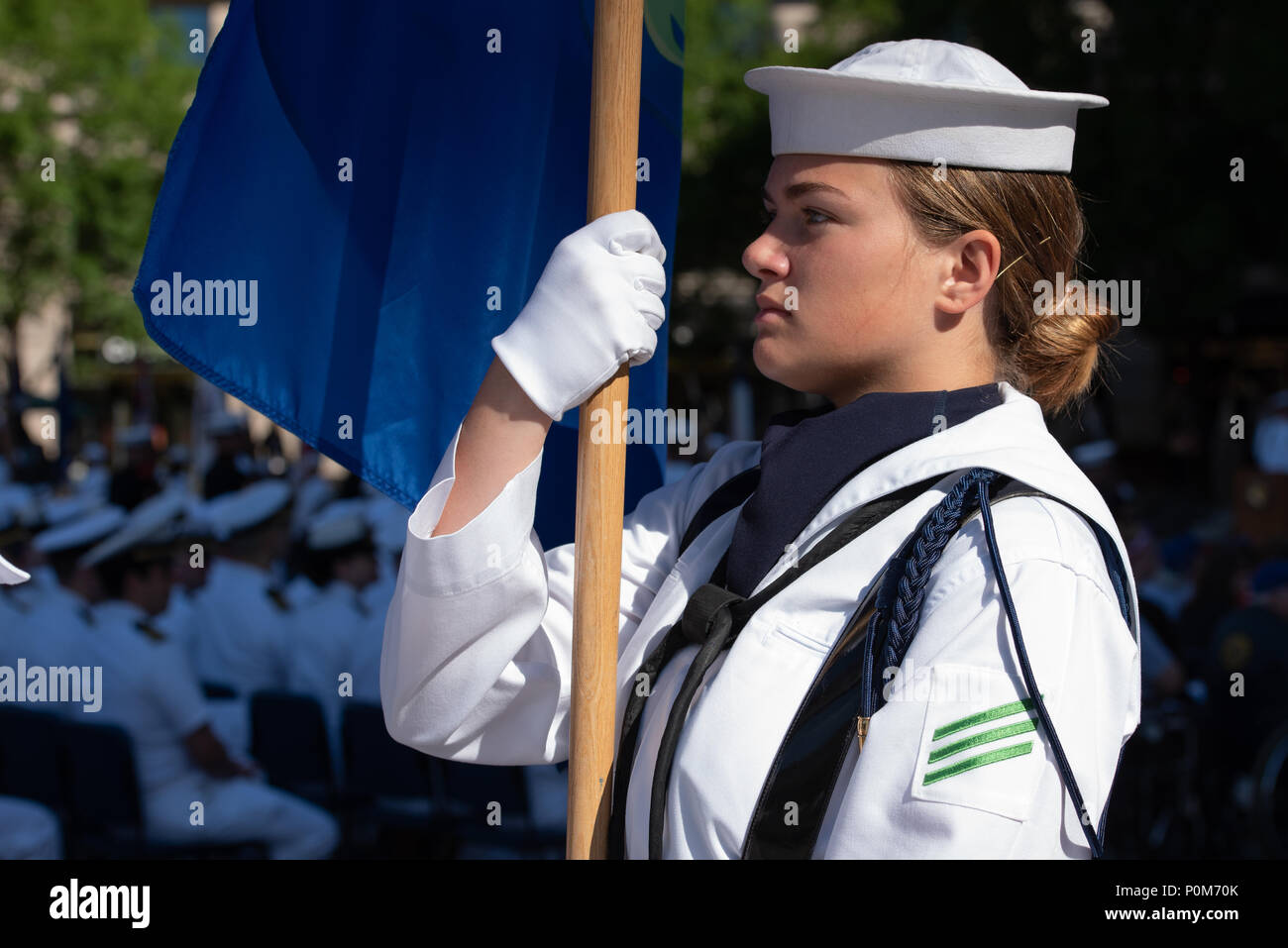 180605-N-HG258-1068 WASHINGTON (June 5, 2018) Members of the U.S. Navy Ceremonial guard march onto the U.S. Navy Memorial in Washington, D.C., during the commemoration of the 76th anniversary of the Battle of Midway. The Battle of Midway began on June 4 in 1942 and stands as one of the U.S. Navy's most historically significant naval battles. Fought on the high seas of the Pacific more than half a century ago, this battle altered the course of the war in the Pacific and thereby shaped the outcome of world events. (U.S. Navy photo by Senior Chief Musician Stephen Hassay/Released) - Stock Image