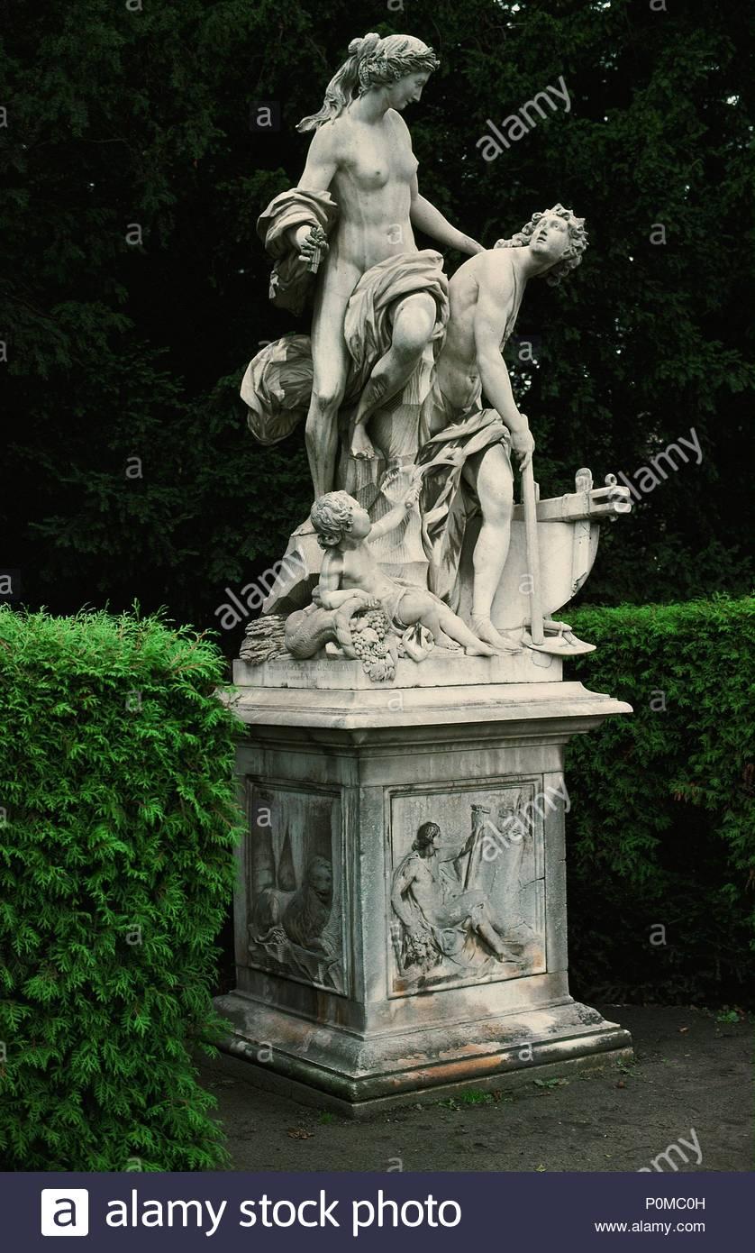 Adonis Statue Stock Photos & Adonis Statue Stock Images ... | 838 x 1390 jpeg 186kB