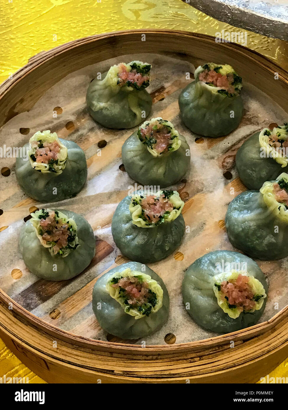 Yangzhou, Jiangsu, China. Breakfast at Ye Chun Garden Tea House ...