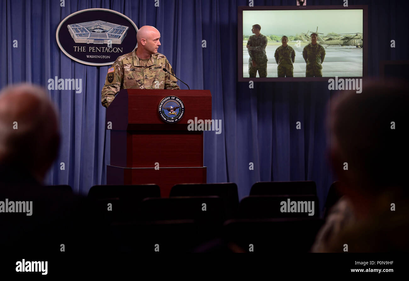 As part of the Defense Department's 'Showcasing Lethality' series, officials of the Hawaii National Guard brief reporters at the Pentagon, June 6, 2018. (DoD Photo by Master Sgt. Angelita M. Lawrence) - Stock Image