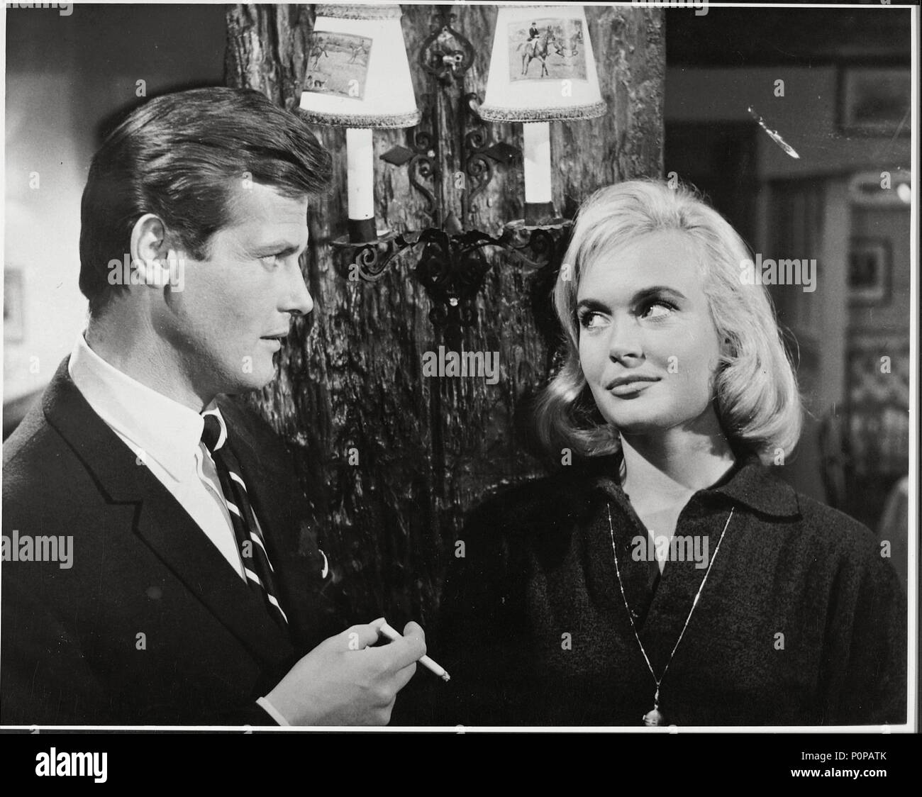 Original Film Title: SAINT, THE-TV.  English Title: SAINT, THE-TV.  Year: 1962.  Stars: ROGER MOORE. Credit: ITC/BARMORE/NEW WORLD PROD. / Album - Stock Image