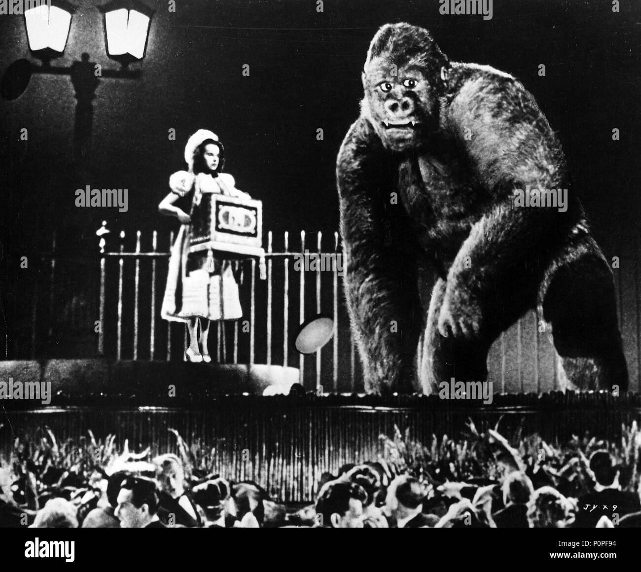 Original Film Title: MIGHTY JOE YOUNG.  English Title: MIGHTY JOE YOUNG.  Film Director: ERNEST B. SCHOEDSACK.  Year: 1949. Credit: RKO / Album - Stock Image
