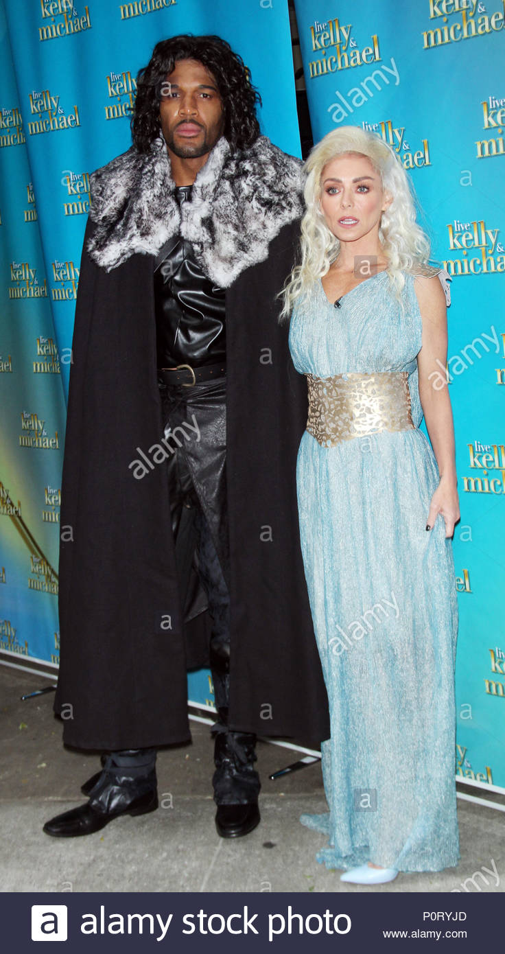 ***MANDATORY BYLINE TO READ INFphoto.com ONLY*** Michael Strahan and Kelly Ripa are seen dressed up in their Halloween costumes for their show u0027Live with ...  sc 1 st  Alamy & Michael Strahan and Kelly Ripa. ***MANDATORY BYLINE TO READ INFphoto ...