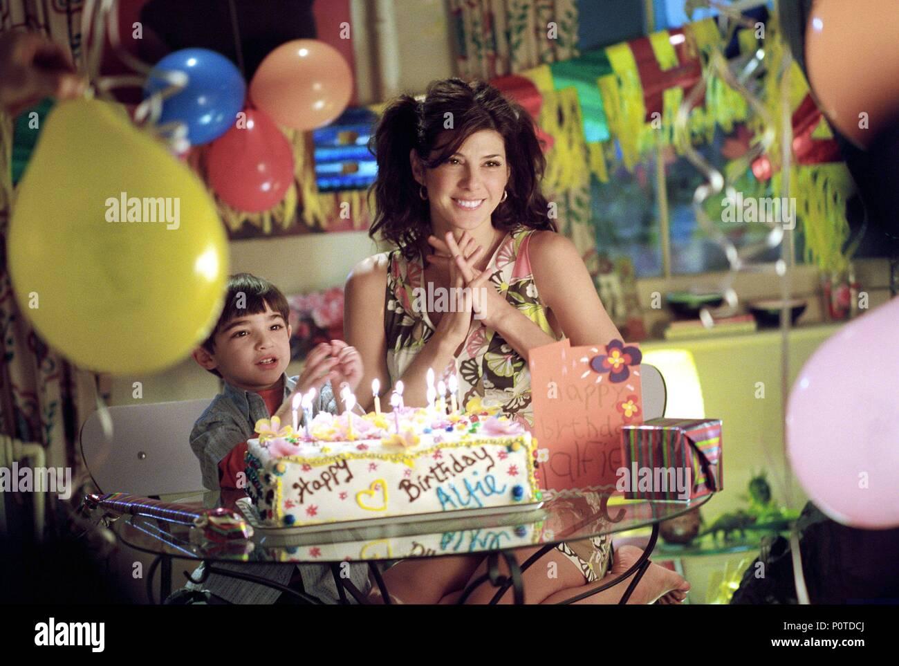 Original Film Title: ALFIE.  English Title: ALFIE.  Film Director: CHARLES SHYER.  Year: 2004.  Stars: MARISA TOMEI. Credit: PARAMOUNT PICTURES / Album - Stock Image
