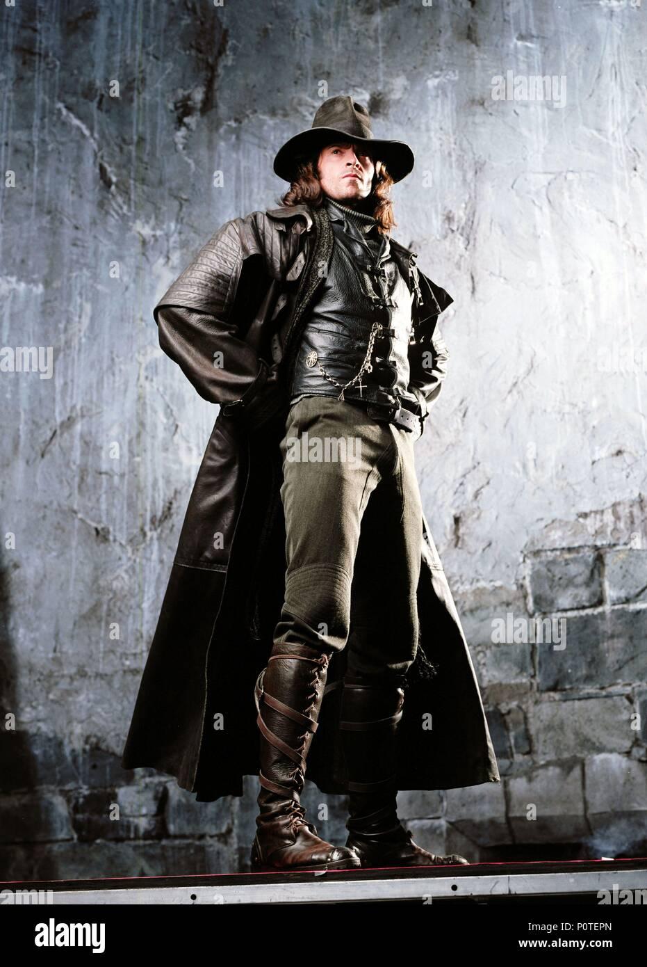 Original Film Title: VAN HELSING.  English Title: VAN HELSING.  Film Director: STEPHEN SOMMERS.  Year: 2004.  Stars: HUGH JACKMAN. Credit: UNIVERSAL / Album - Stock Image