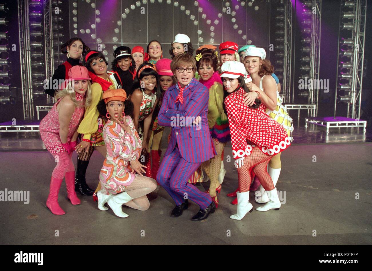 Original Film Title: AUSTIN POWERS IN GOLDMEMBER.  English Title: AUSTIN POWERS: GOLDMEMBER.  Film Director: M. JAY ROACH.  Year: 2002.  Stars: MIKE MYERS. Credit: NEW LINE CINEMA / Album - Stock Image