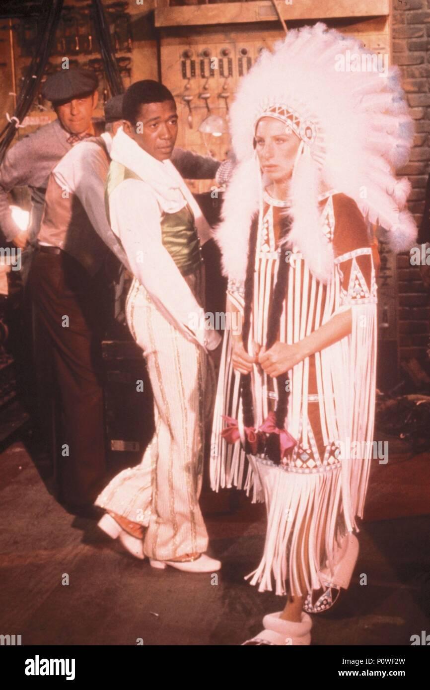 Barbra Streisand Funny Lady 1975 Stock Photos & Barbra Streisand ...