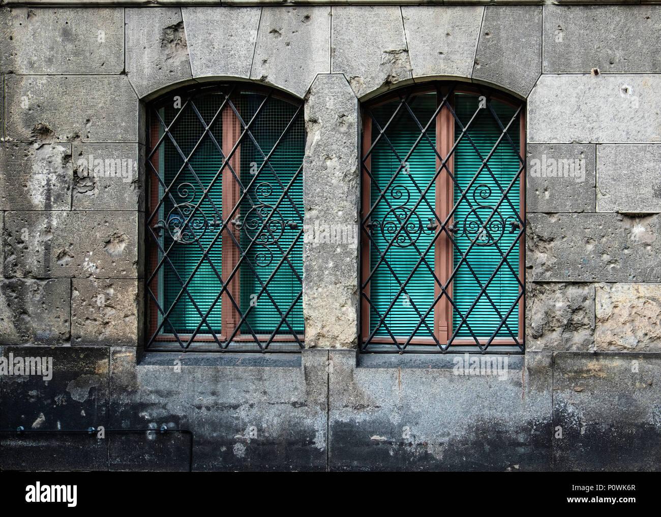 New Jewish Synagogue building detail, War damaged and soot blacked wall & two windows. Oranienburger Straße, Mitte,Berlin - Stock Image