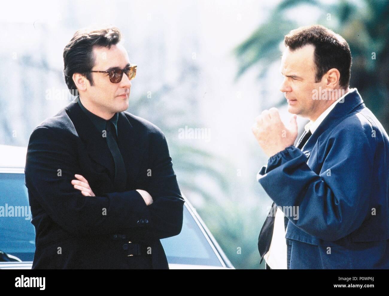 Original Film Title: GROSSE POINTE BLANK.  English Title: GROSSE POINTE BLANK.  Film Director: GEORGE ARMITAGE.  Year: 1997.  Stars: DAN AYKROYD; JOHN CUSACK. Credit: HOLLYWOOD PICTURES / GORDON, MELINDA SUE / Album - Stock Image