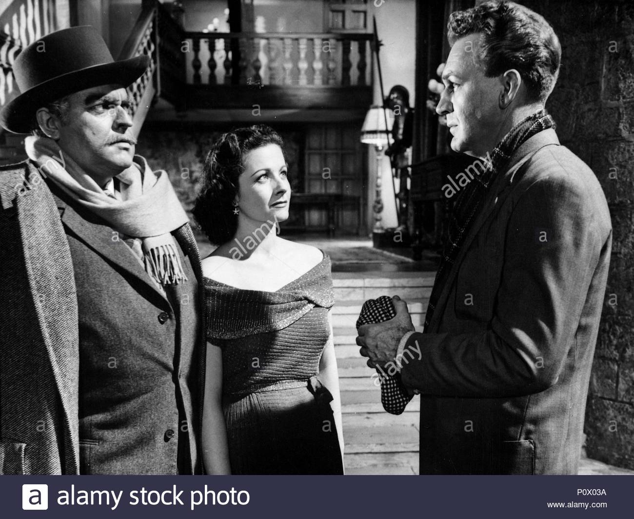 Original Film Title: TROUBLE IN THE GLEN.  English Title: TROUBLE IN THE GLEN.  Film Director: HERBERT WILCOX.  Year: 1954.  Stars: ORSON WELLES; MARGARET LOCKWOOD; FORREST TUCKER. Credit: REPUBLIC PICTURES / Album - Stock Image