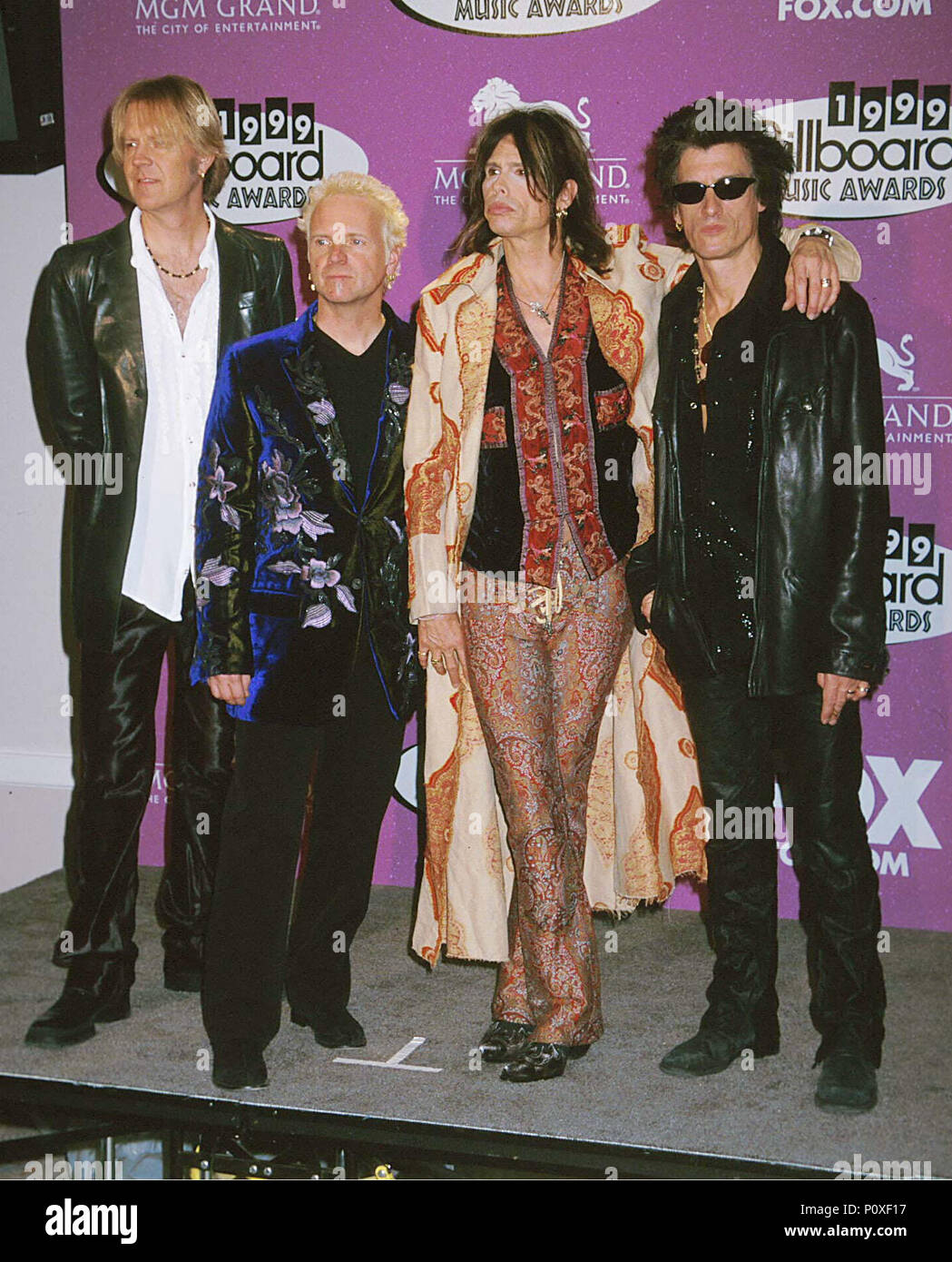 -            Aerosmith -2.jpgAerosmith -2  Event in Hollywood Life - California, Red Carpet Event, USA, Film Industry, Celebrities, Photography, Bestof, Arts Culture and Entertainment, Topix Celebrities fashion, Best of, Hollywood Life, Event in Hollywood Life - California, Red Carpet and backstage, ,Arts Culture and Entertainment, Photography,    inquiry tsuni@Gamma-USA.com ,  Music celebrities, Musician, Music Group, 2000 to 2009 Stock Photo