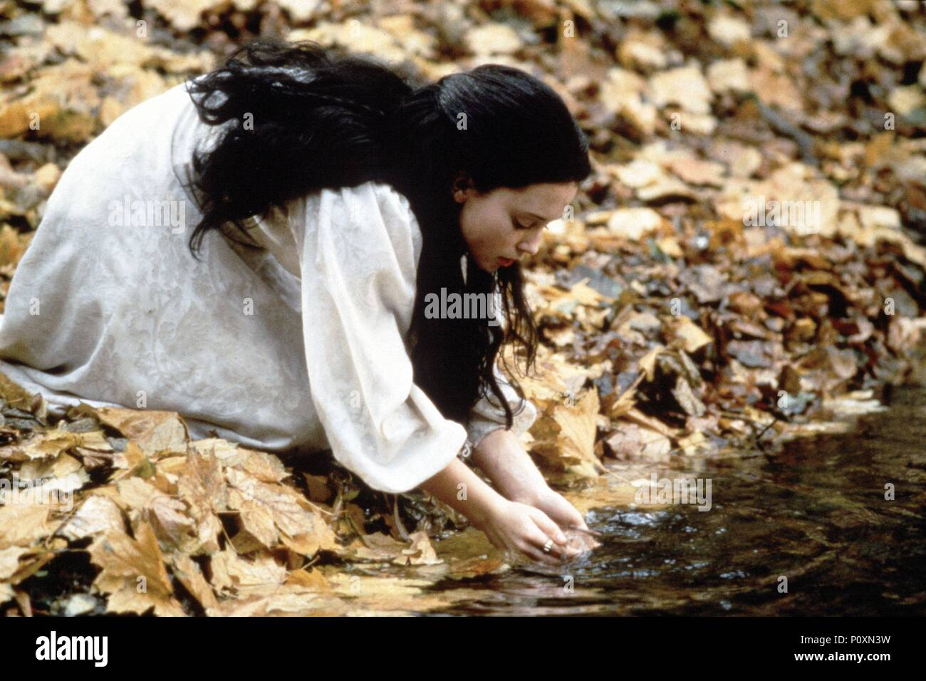 Original Film Title: SNOW WHITE: A TALE OF TERROR.  English Title: SNOW WHITE: A TALE OF TERROR.  Film Director: MICHAEL COHN.  Year: 1997. - Stock Image