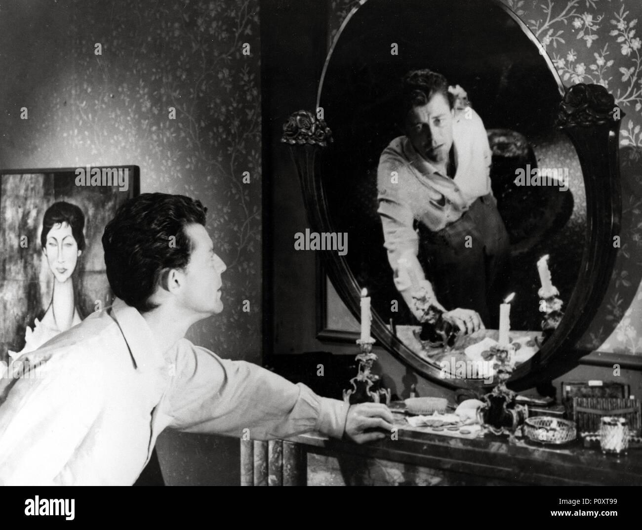 Man Ray Modigliani: Montparnasse Artist Stock Photos & Montparnasse Artist