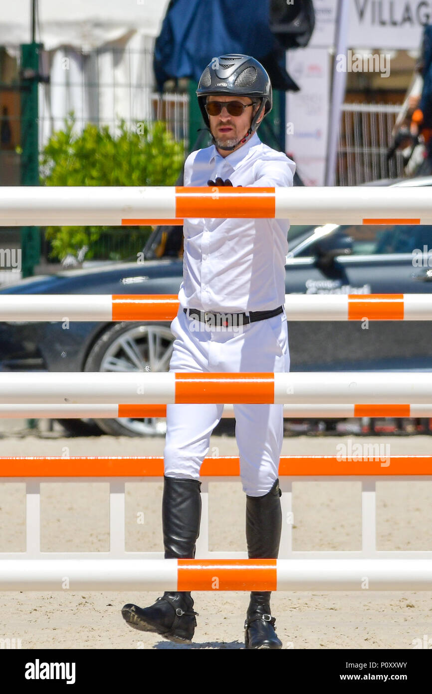 Cannes, France. 09th June, 2018. Guillaume Canet compete during the 2018 Longines Global Champions League in Cannes on June 09, 2018 Credit: BTWImages Sport/Alamy Live News Stock Photo