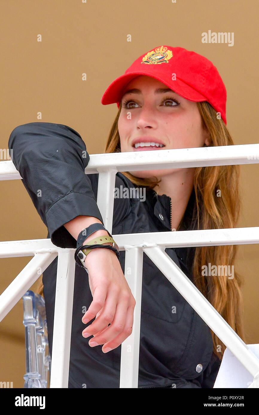 Cannes, France. 09th June, 2018. American Jessica Springsteen competes during the 2018 Longines Global Champions League in Cannes on June 09, 2018 Credit: BTWImages Sport/Alamy Live News Stock Photo
