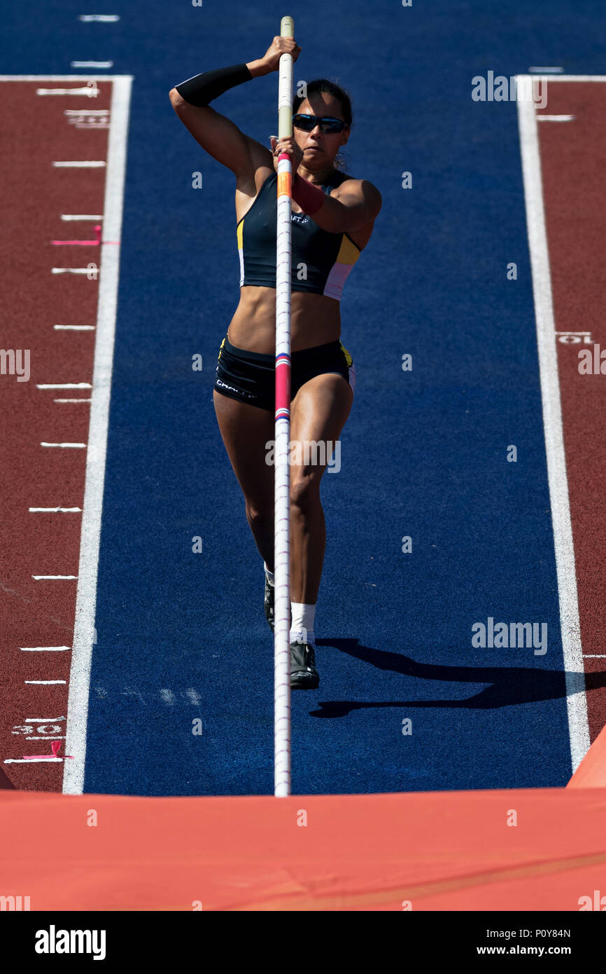 Stockholm, Sweden. 10th Jun, 2018. Woman pole vault with Angelica Bengtsson (SWE) at in Diamond league during the Bauhaus event at the Olympic arena Stockholm Stadion in hot weather. Credit: Stefan Holm/Alamy Live News - Stock Image