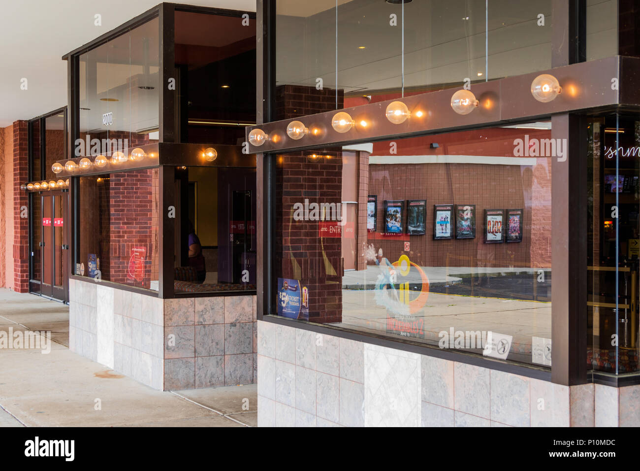 Carmike Hickory Nc >> Amc Cinema Stock Photos & Amc Cinema Stock Images - Alamy