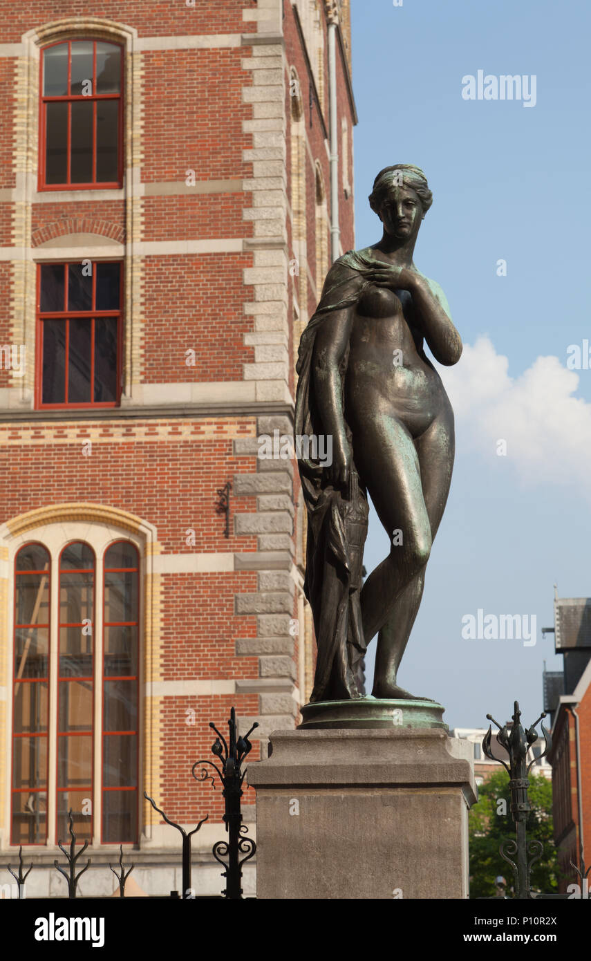 A nude woman statue in courtyard of Rijksmuseum, Amsterdam, Holland,  Netherlands.
