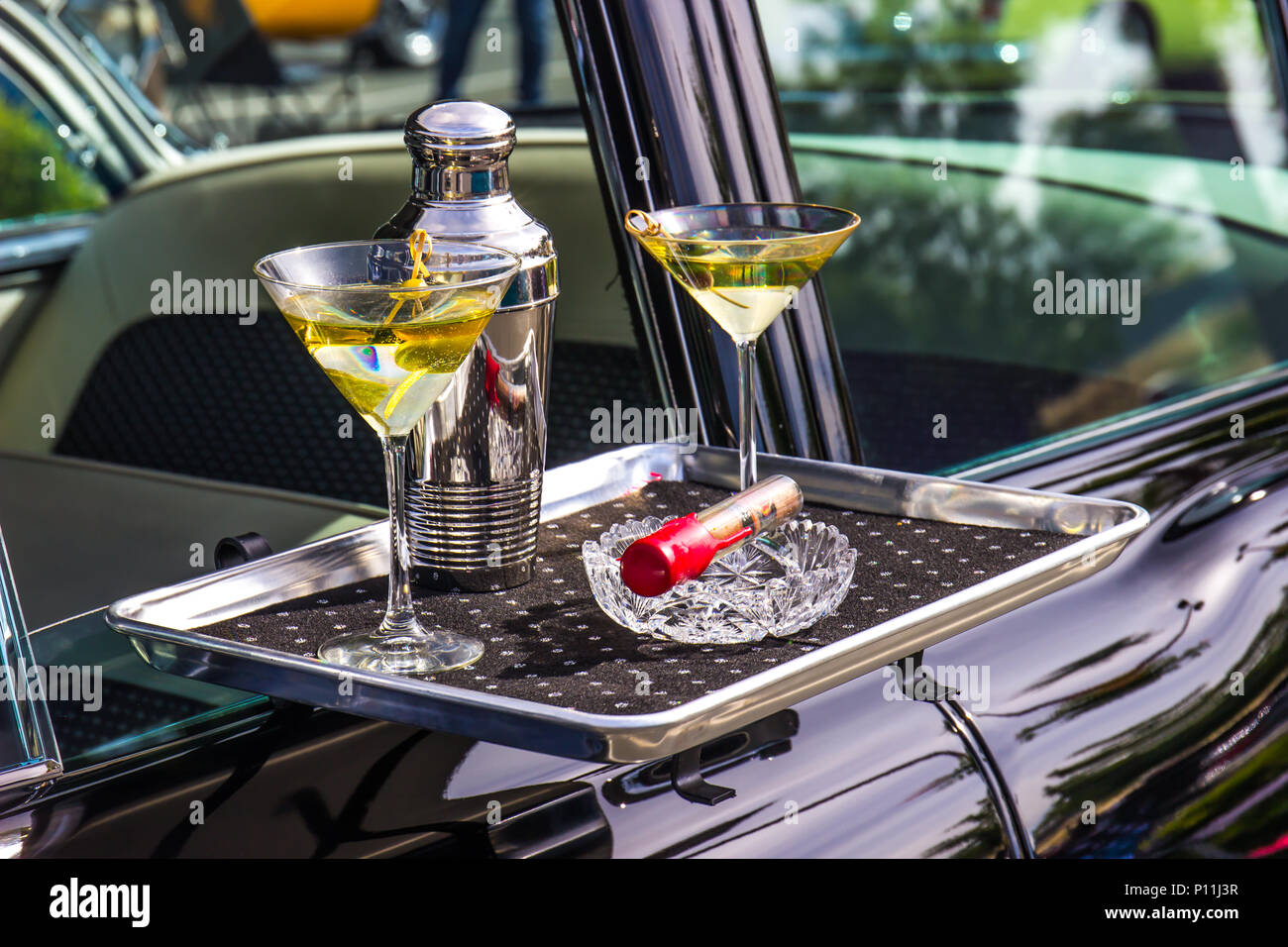 Modern Car Hop Tray With Cocktails And Cigar - Stock Image
