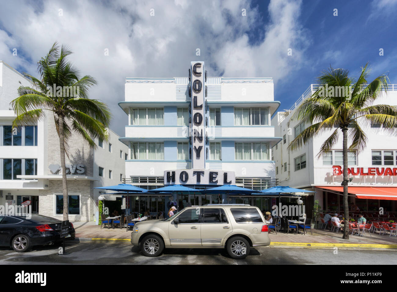 MIAMI BEACH, FLORIDA - JUNE 9, 2018: the famous art deco district of Ocean Drive in South Beach, the Colony Hotel. Miami, USA - Stock Image