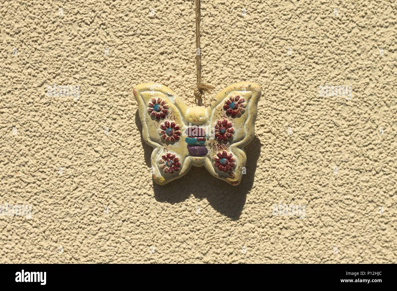 Butterfly Ceramic Stock Photos & Butterfly Ceramic Stock Images - Alamy