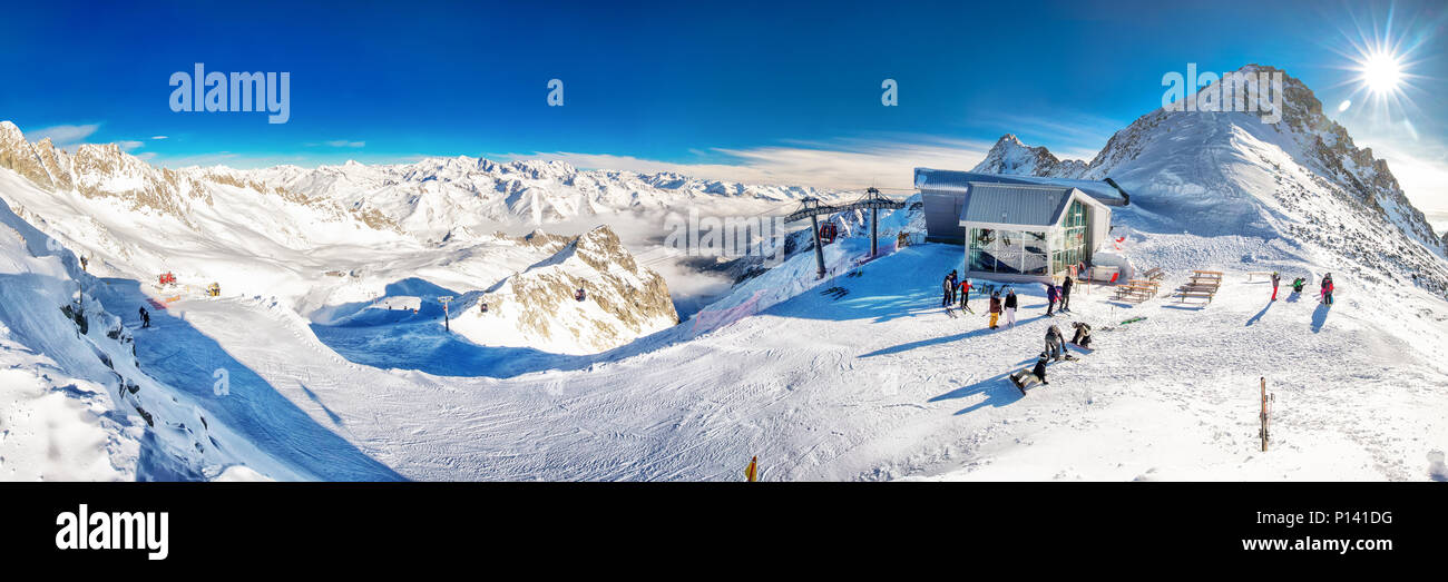 TONALE, ITALY - Jan 20, 2018 - Stunning winter panorama in Tonale ski resort. View of Italian Alps from Adamelo Glacier, Italia, Europe. - Stock Image