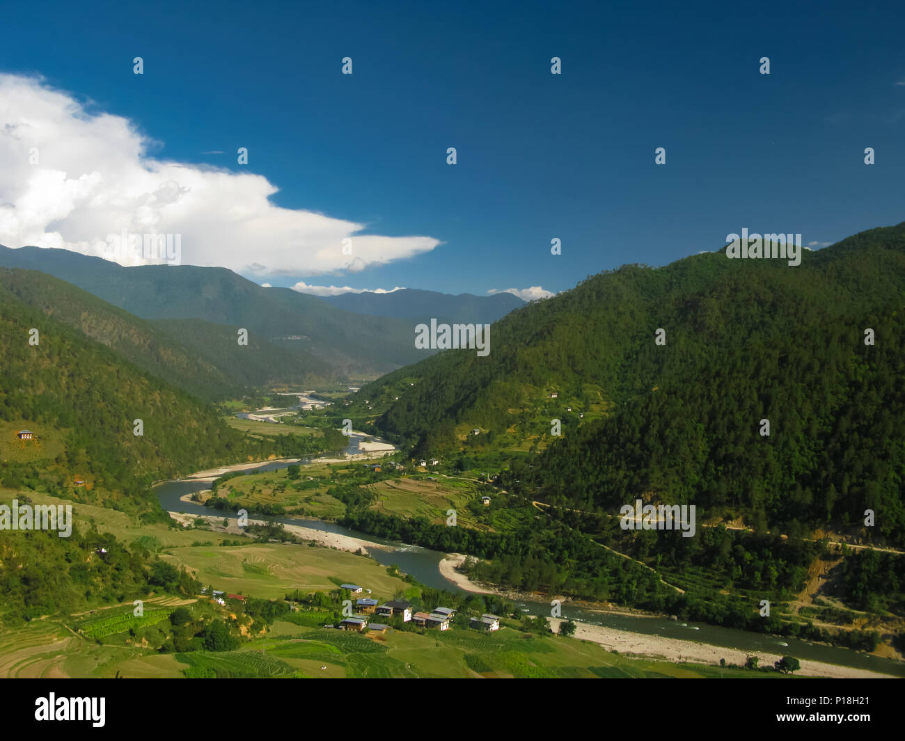View to Mo Chhu river and Punakha-Wangdue valley from Khamsum Yulley Namgyal Temple in Bhutan - Stock Image