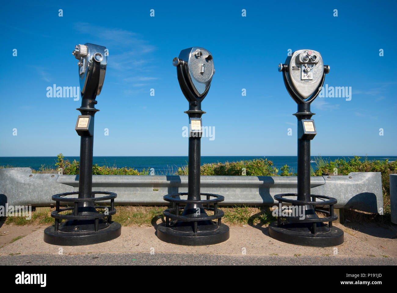 Coin operated binoculars at Chatham, Barnstable County, Cape Cod, Massachusetts, USA - Stock Image