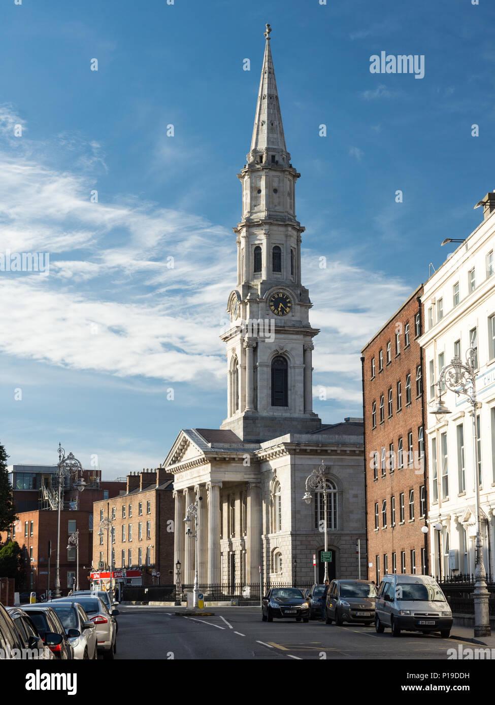 Georges Street Dublin Stock Photos & Georges Street Dublin Stock ...