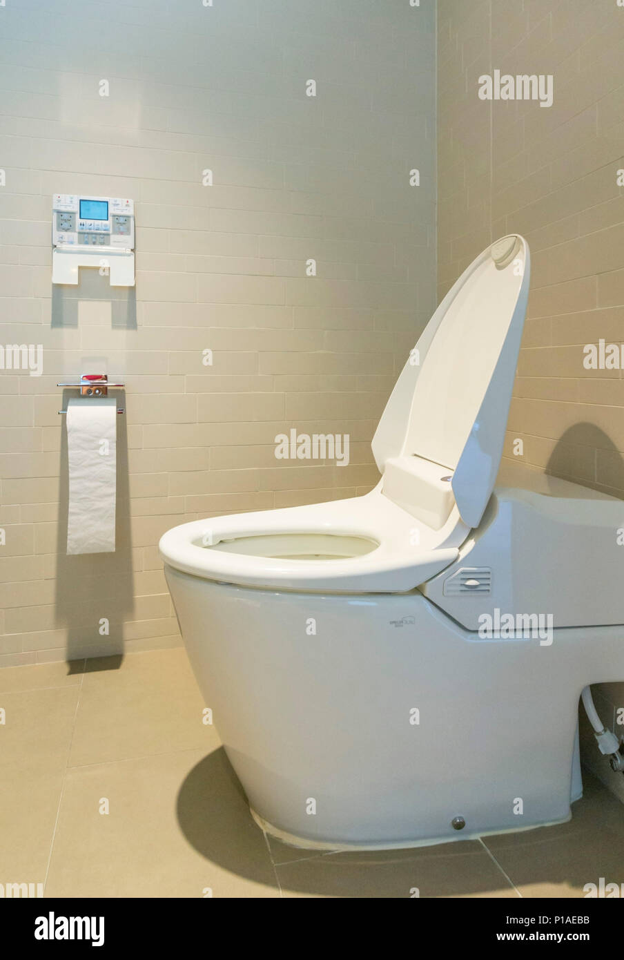 Japanese Toilet Stock Photos & Japanese Toilet Stock Images - Alamy
