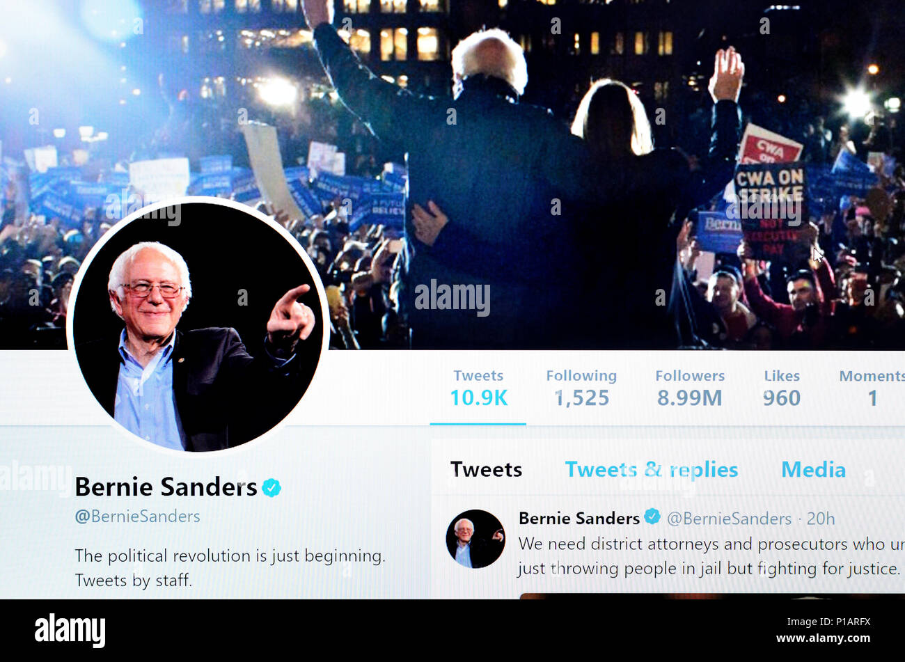 Bernie Sanders Twitter account home page (June 2018) - Stock Image