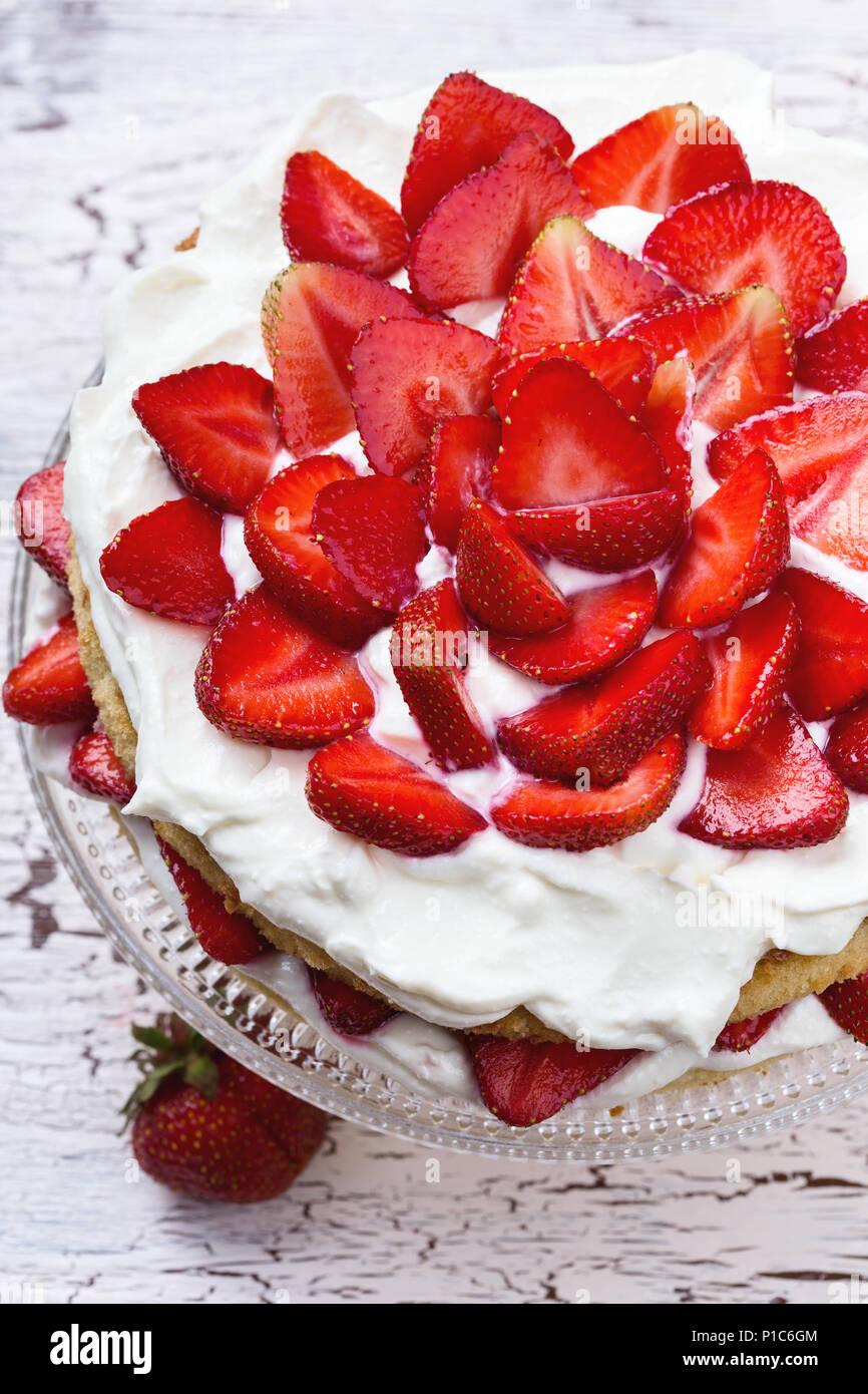 Homemade summer cake with strawberries and cream cheese - Stock Image