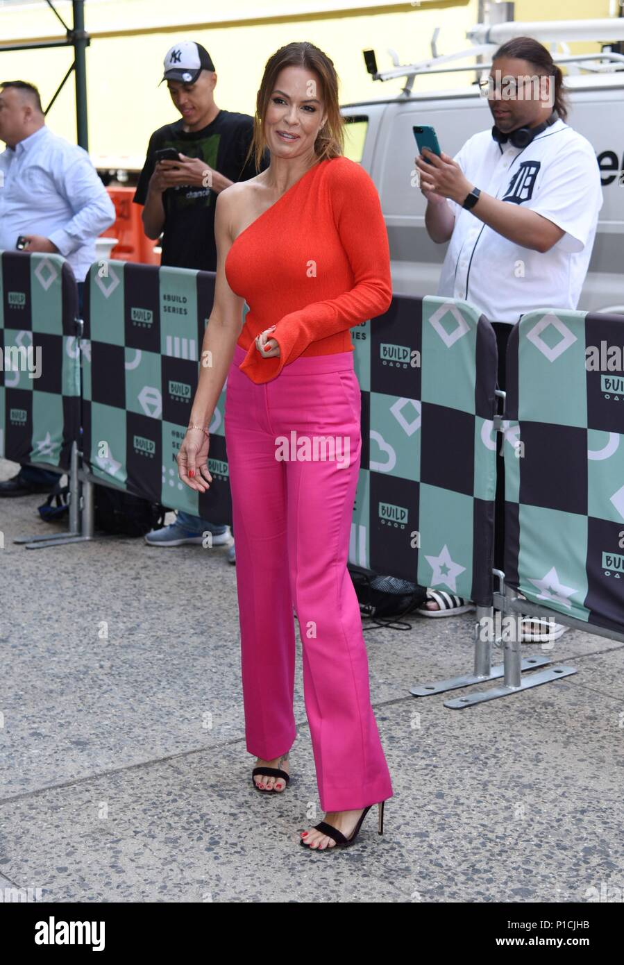 New York, NY, USA. 11th June, 2018. Brooke Burke, seen at BUILD Series to promote BOOTY BURN out and about for Celebrity Candids - MON, New York, NY June 11, 2018. Credit: Derek Storm/Everett Collection/Alamy Live News - Stock Image